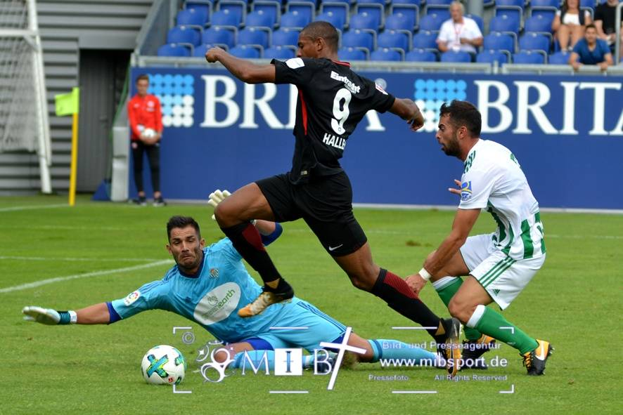 Etr Frankfurt vs Real Betis (133)