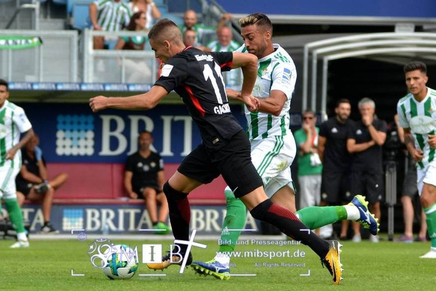Etr Frankfurt vs Real Betis (57)